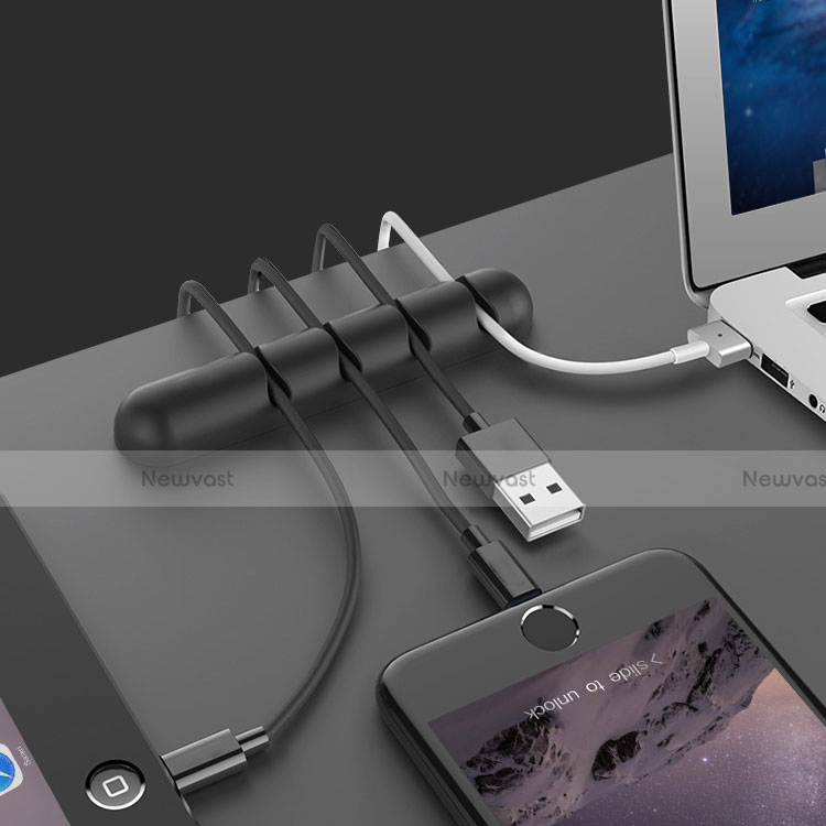 Charger USB Data Cable Charging Cord C02 for Apple iPhone SE (2020) Black